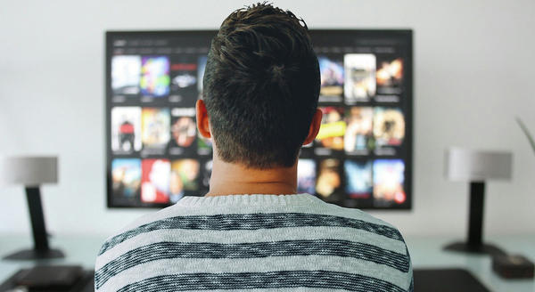 Does live tweeting while watching TV distract from the ads?