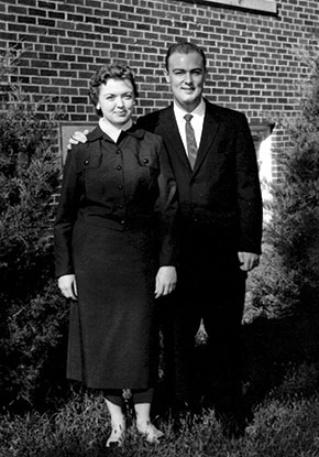 Gene and Ronita Woolsey
