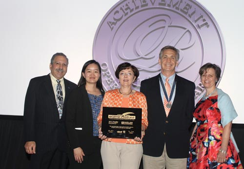 Prize finalists (l-r): Jack Levis of UPS; Wenjun Zhou, Melissa Bowers and Charles Noon of the UT MSBA program; and Robin Lougee, chair of the 2017 UPS George D. Smith Prize Committee.